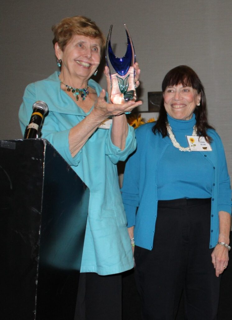 Cari Mackes, left, and Joan Blum, right, were part of the Tuck In Team that was honored in 2016 with the Spirit of Hospice Award at our annual Volunteers banquet. Both have continued their work as Caring Callers