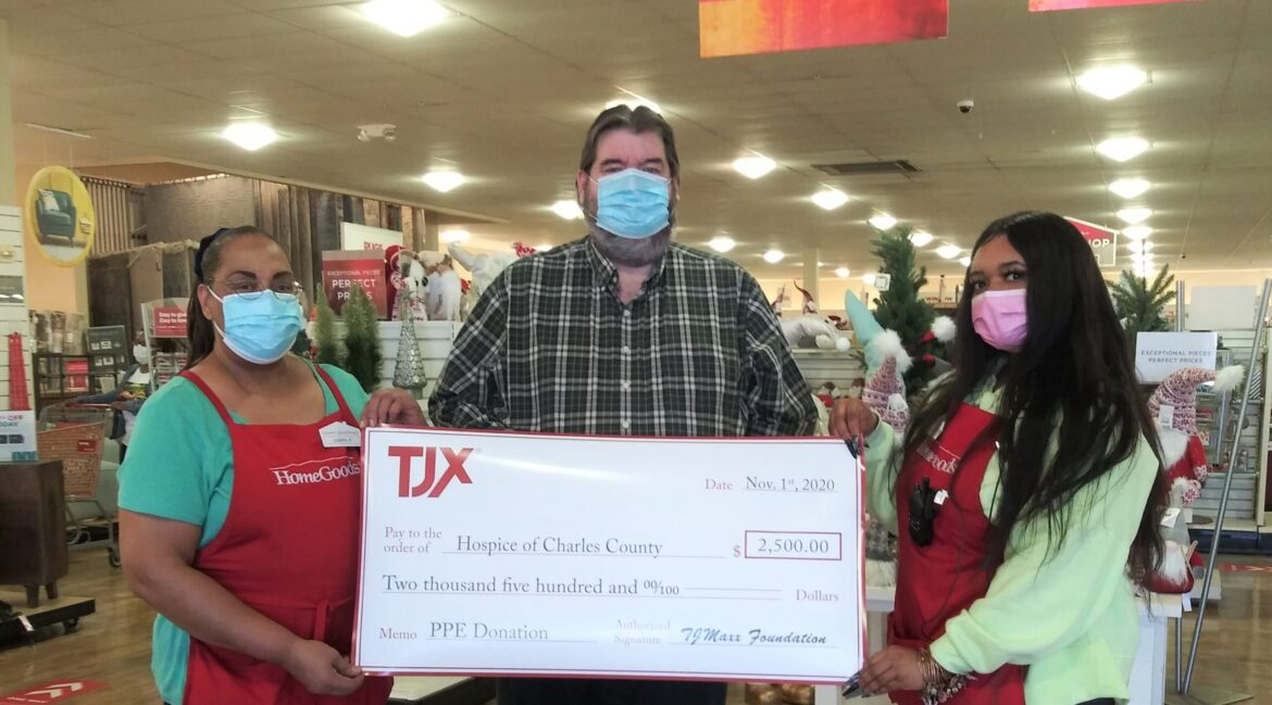 From left, HomeGoods of Waldorf Associate Cheryl Francis, Area Manager Warren Lucas, and Associate Jennifer Chapman, prepare to present a check from the TJ Maxx Foundation for $2,500 to go towards purchasing personal protective equipment for Hospice of Charles County, a Hospice of the Chesapeake affiliate brand.
